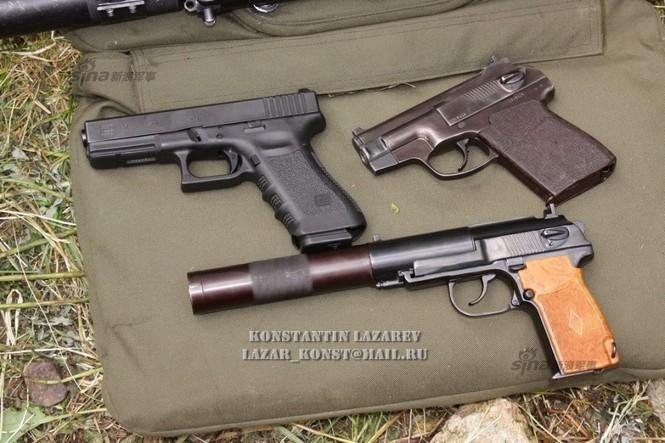 Cảnh sát đặc nhiệm Nga dùng súng lục phương Tây - ảnh 7