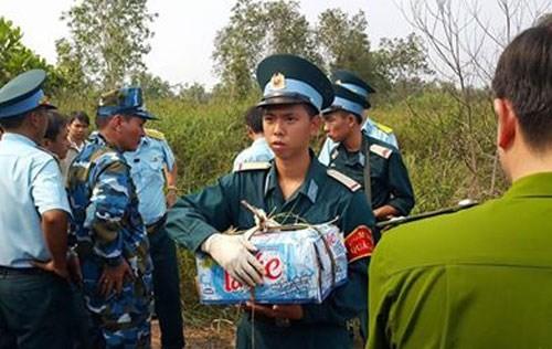 Trực thăng rơi ở TP.HCM, 4 sĩ quan hy sinh - ảnh 4