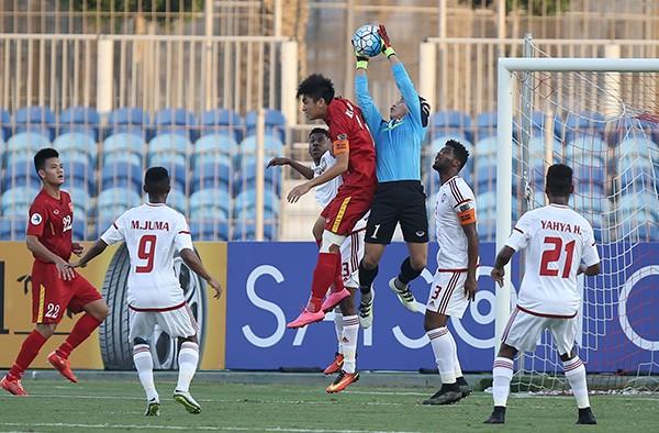 U19 Việt Nam chia điểm với UAE trong thế thiệt quân - ảnh 8