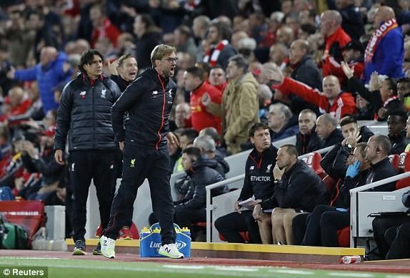 Liverpool vs M.U (0-0): Derby nước Anh chán ngán - ảnh 13