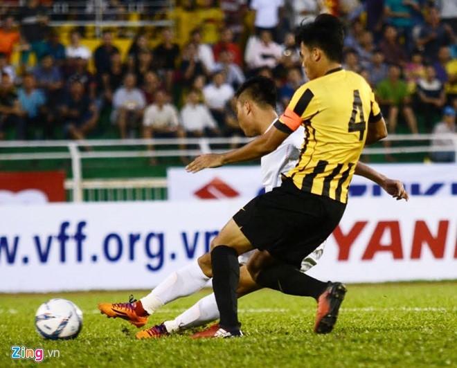 U23 Việt Nam vs U23 Malaysia (3-0): 'Hái lộc' đầu năm - ảnh 8