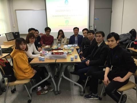 Giao ban trực tuyến với sinh viên Việt Nam tại 7 nước - ảnh 3