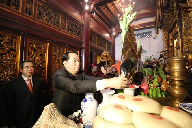 Chủ tịch nước dâng hương tưởng nhớ các Vua Hùng - ảnh 4