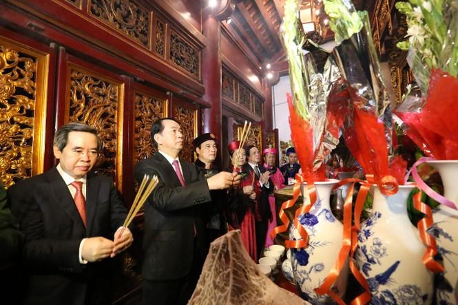 Chủ tịch nước dâng hương tưởng nhớ các Vua Hùng - ảnh 5