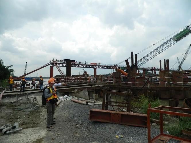 Trên công trường dự án chống ngập 10.000 tỷ đồng ở Sài Gòn - ảnh 1