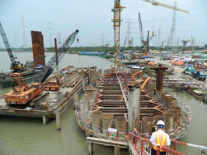 Trên công trường dự án chống ngập 10.000 tỷ đồng ở Sài Gòn - ảnh 2