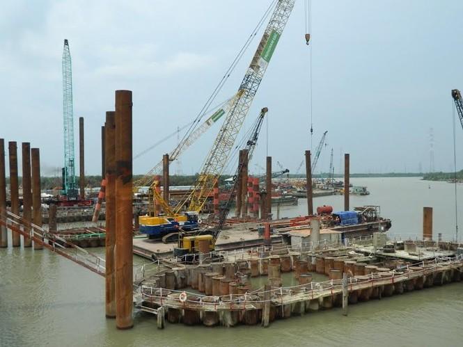 Trên công trường dự án chống ngập 10.000 tỷ đồng ở Sài Gòn - ảnh 4