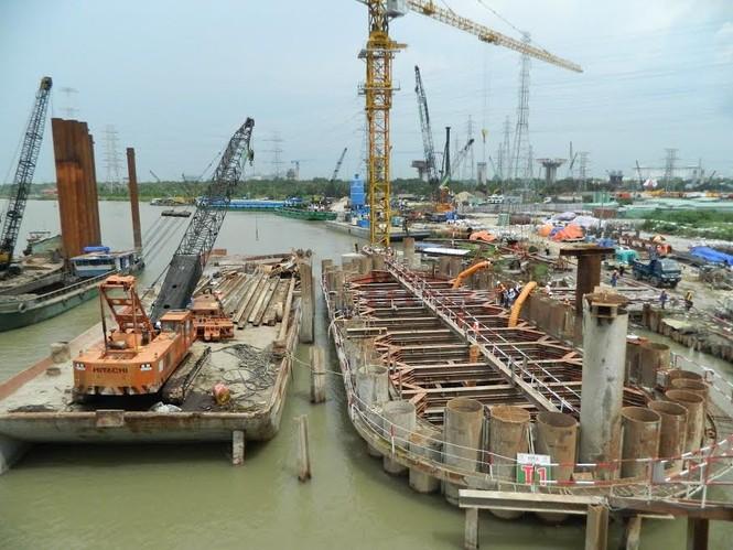 Trên công trường dự án chống ngập 10.000 tỷ đồng ở Sài Gòn - ảnh 5
