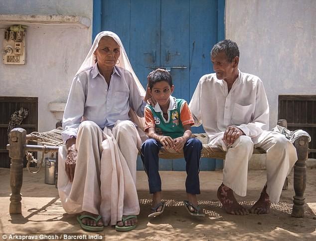 Tâm sự của cụ bà sinh con trai ở tuổi 70 - ảnh 1