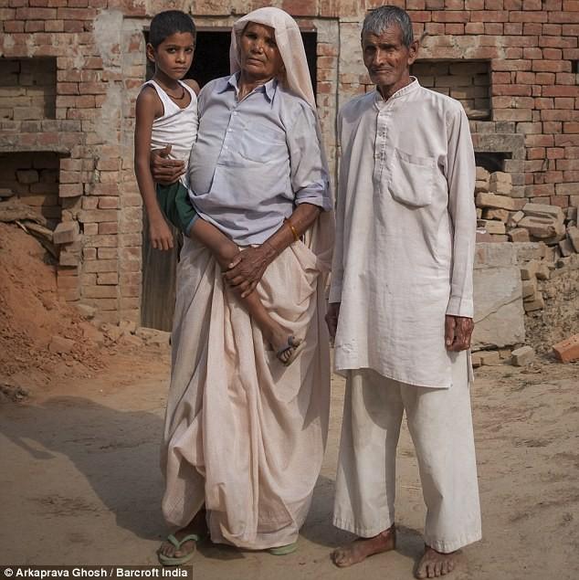 Tâm sự của cụ bà sinh con trai ở tuổi 70 - ảnh 2