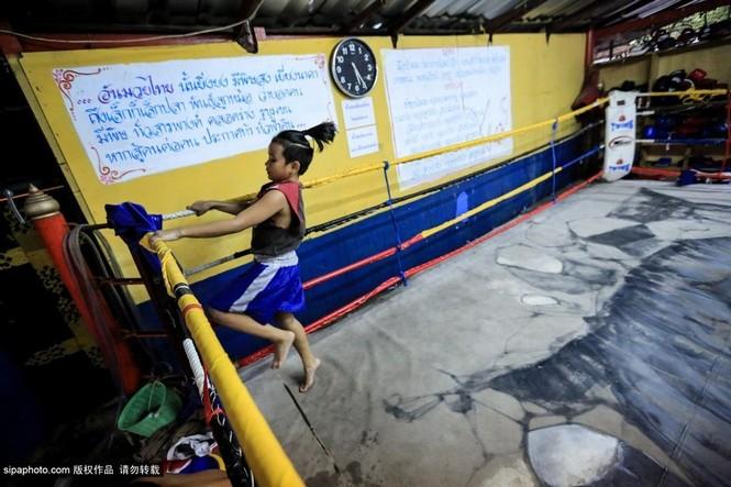 """Trẻ em """"bán"""" tuổi thơ tập luyện Muay Thái mong thoát nghèo - ảnh 9"""