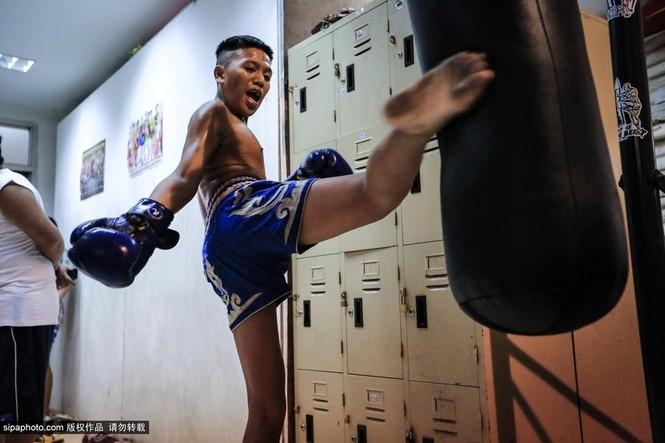 """Trẻ em """"bán"""" tuổi thơ tập luyện Muay Thái mong thoát nghèo - ảnh 5"""