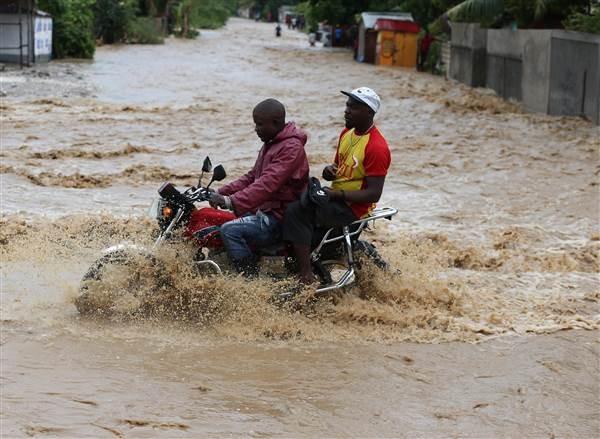 Bão kinh hoàng tàn phá Haiti, 261 người thiệt mạng - ảnh 1