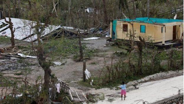 Bão kinh hoàng tàn phá Haiti, 261 người thiệt mạng - ảnh 2