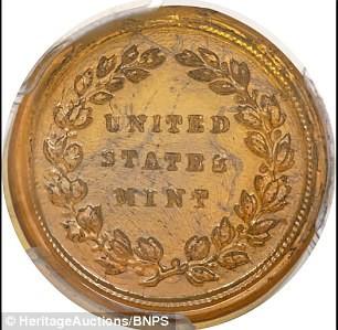 Đồng tiền xu thủy tinh cực hiếm có giá lên tới 1,6 tỷ VNĐ - ảnh 1
