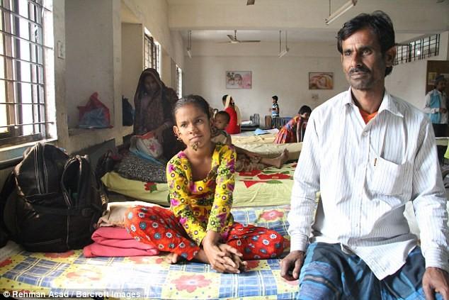 Kỳ lạ cô bé 'người cây' ở Bangladesh - ảnh 5
