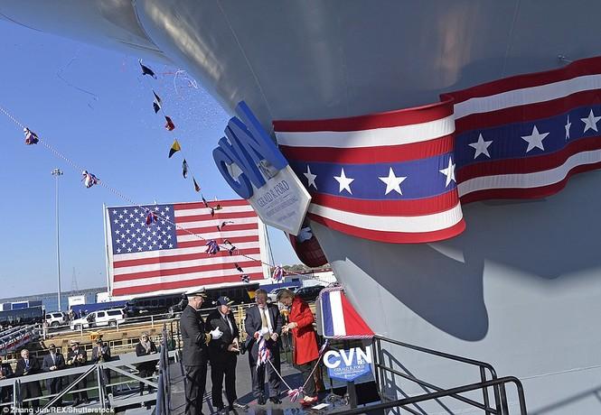 Tàu sân bay 13 tỷ USD của Mỹ lần đầu ra biển - ảnh 5