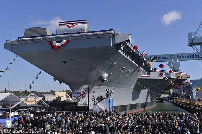 Tàu sân bay 13 tỷ USD của Mỹ lần đầu ra biển - ảnh 6