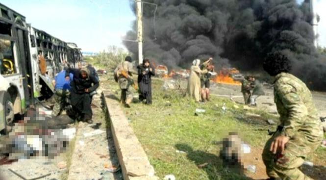 Syria: Đánh bom đoàn xe sơ tán, 70 người thiệt mạng - ảnh 1