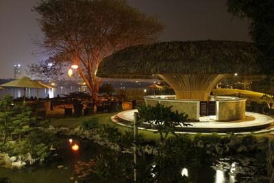 Không gian văn hóa - ẩm thực Việt trong lòng Hà Nội - ảnh 1