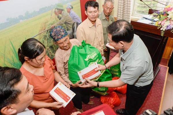 Bảo Tín Minh Châu trao từ thiện 150 triệu đồng tại Thái Thụy - Thái Bình - ảnh 2