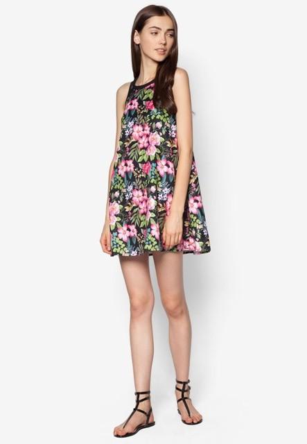 Chọn đầm suông đẹp cho ngày Online Friday  - ảnh 1