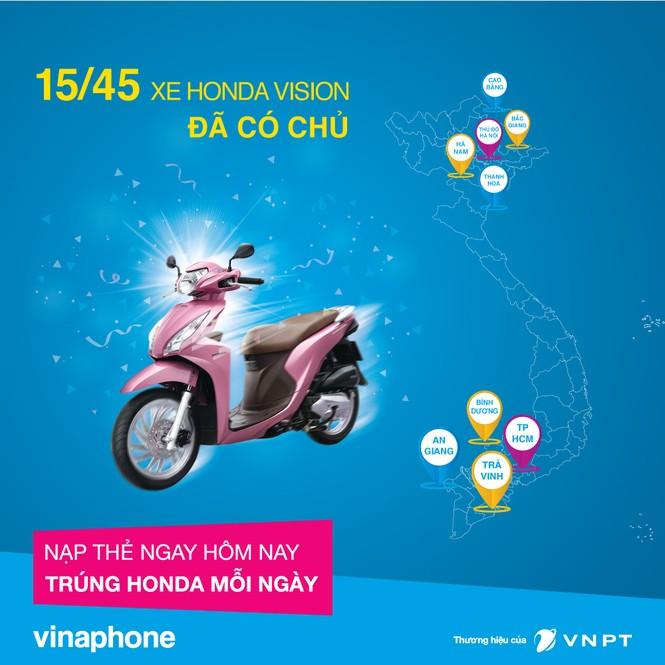 15 khách hàng VinaPhone bất ngờ được nhận Honda Vision phiên bản 2016 - ảnh 1