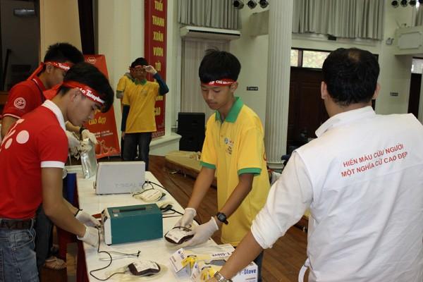 CLB Tình nguyện iStar đồng hành cùng Chủ nhật Đỏ - ảnh 2