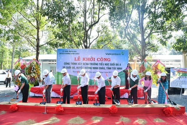 Vietcombank tài trợ xây dựng trường tiểu học tại tỉnh Tây Ninh - ảnh 2