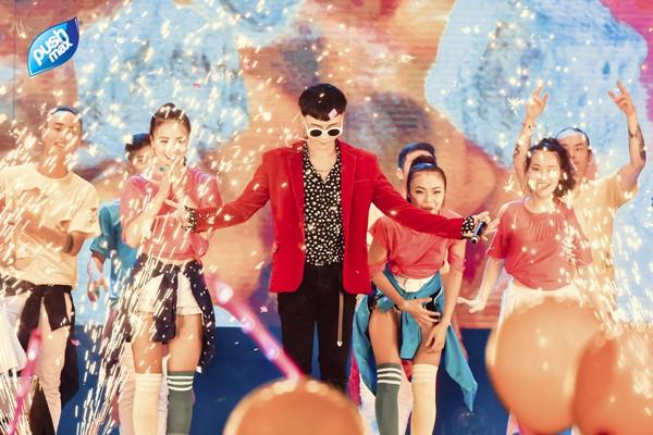 Đêm nhạc hội 'Back To School' - Pushmax gây 'sốt' giới teen Hà Thành - ảnh 3