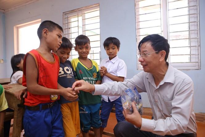 Khánh thành 10 phòng học cho trẻ em nghèo Quảng Trị từ giải chạy Edurun 2016  - ảnh 12