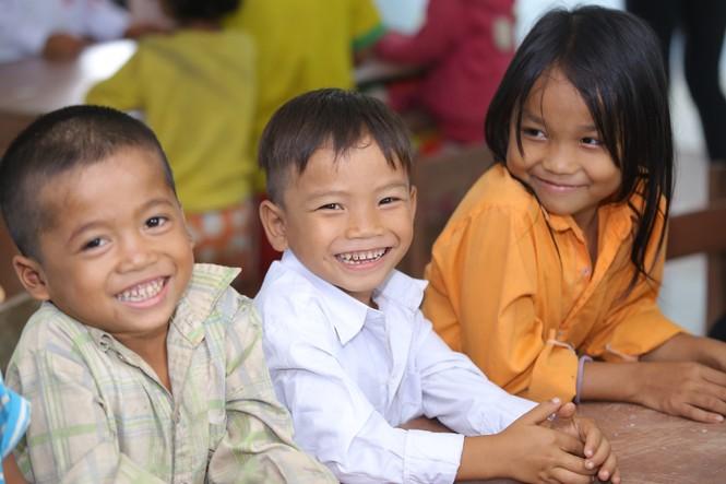 Khánh thành 10 phòng học cho trẻ em nghèo Quảng Trị từ giải chạy Edurun 2016  - ảnh 14