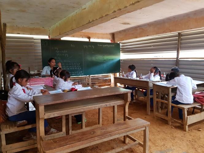 Khánh thành 10 phòng học cho trẻ em nghèo Quảng Trị từ giải chạy Edurun 2016  - ảnh 8