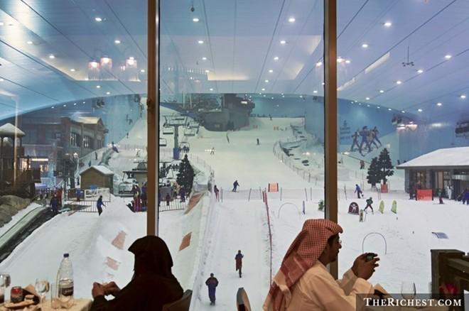 Những điều khó tin về thành phố giàu có Dubai - ảnh 1