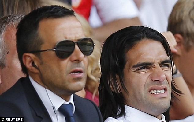 Mourinho tiết lộ cuộc gặp bí mật với tỷ phú Abramovich - ảnh 1