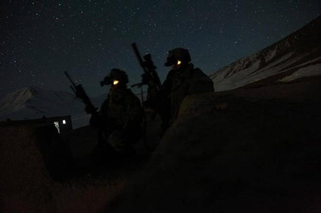 Đặc nhiệm Mỹ được trang bị 'mắt thần' xuyên màn đêm - ảnh 11