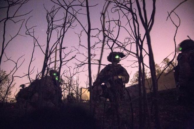 Đặc nhiệm Mỹ được trang bị 'mắt thần' xuyên màn đêm - ảnh 14