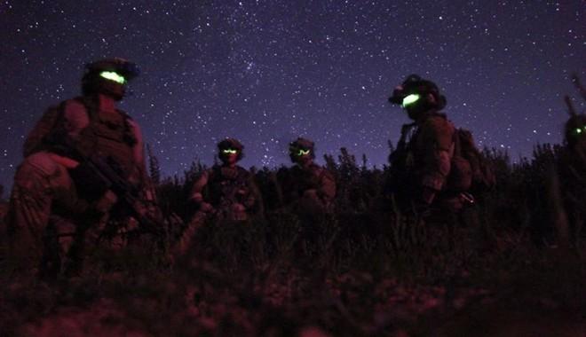 Đặc nhiệm Mỹ được trang bị 'mắt thần' xuyên màn đêm - ảnh 1