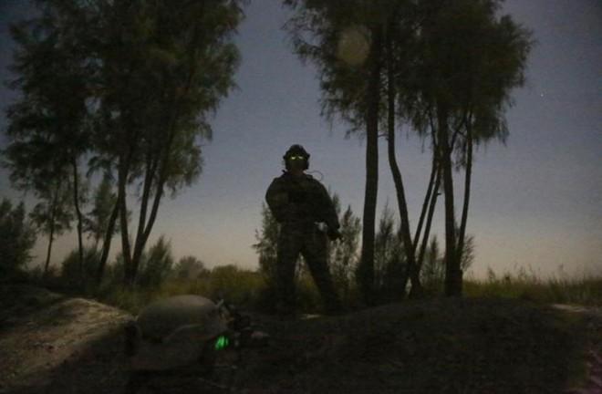 Đặc nhiệm Mỹ được trang bị 'mắt thần' xuyên màn đêm - ảnh 6