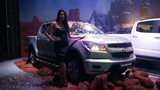 Chevrolet tung 3 xe bán tải Colorado, giá từ 599 triệu đồng - ảnh 2