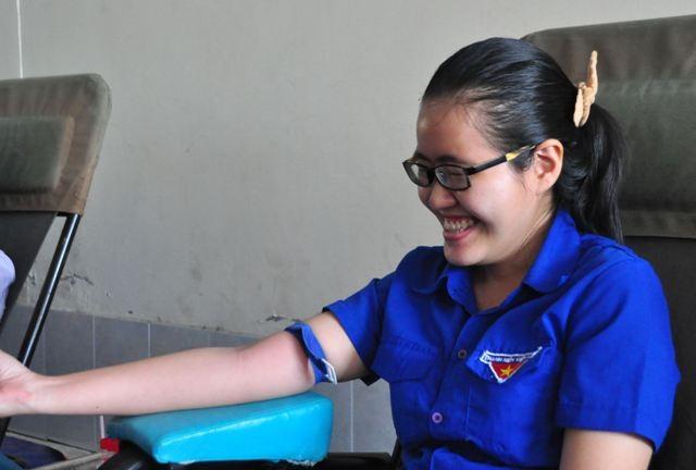 Thi xong tranh thủ hiến máu ngay - ảnh 2