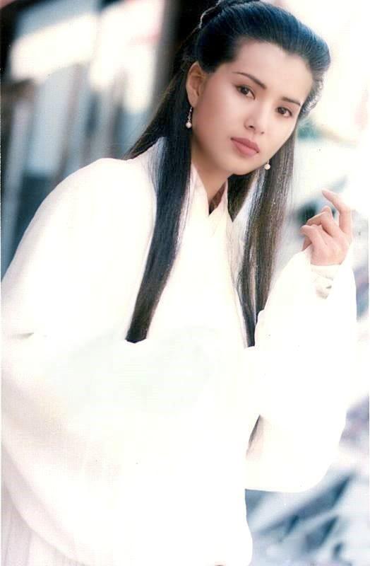 'Tiểu Long Nữ' Lý Nhược Đồng trẻ đẹp dù cô độc ở tuổi 44 - ảnh 1