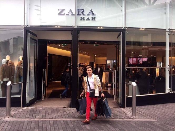 Lâm Chấn Huy 'nghiện' mua sắm tại Anh - ảnh 2