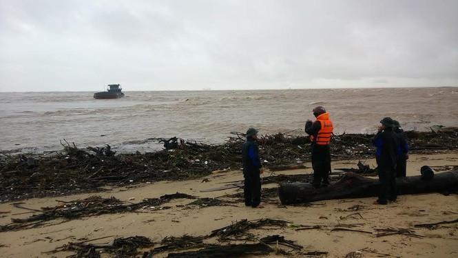 Báo Tiền Phong kêu gọi ủng hộ đồng bào bị lũ lụt - ảnh 6