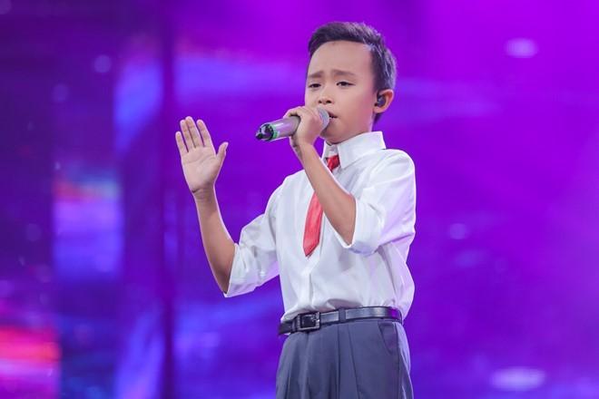 Hồ Văn Cường, cậu bé hát đám cưới thành sứ giả của cảm xúc - ảnh 1