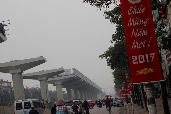 Đường phố Hà Nội vắng vẻ ngày đầu năm mới 2017 - ảnh 8