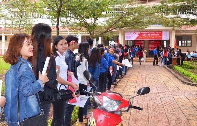 Rộn ràng hiến máu tại trường Cao đẳng Sư phạm Đắk Lắk  - ảnh 10