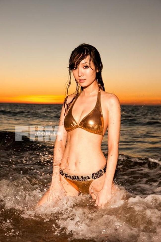 Chùm ảnh bikini nóng bỏng của diễn viên Helen Thanh Đào - ảnh 6