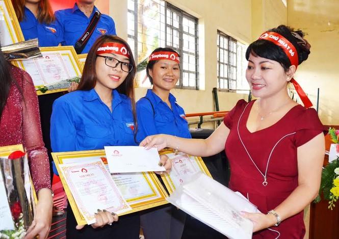 Rộn ràng hiến máu tại trường Cao đẳng Sư phạm Đắk Lắk  - ảnh 6