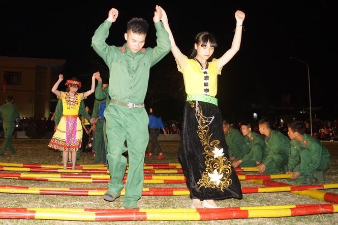Đêm dạ hội lung linh của tuổi trẻ Quân đội - ảnh 10
